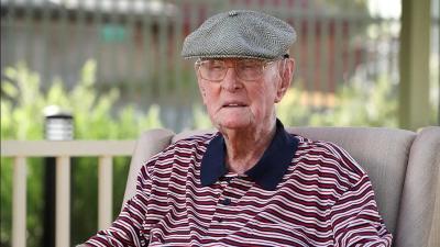Pria Berusia 111 Tahun Bongkar Rahasia Panjang Umur, Makan Otak Ayam!