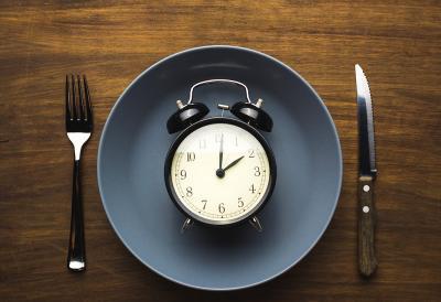 4 Efek Samping kala Lakukan Interniten Fasting, Normal Kok