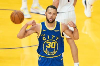 LeBron James Jagokan Stephen Curry untuk Jadi MVP NBA 2020-2021