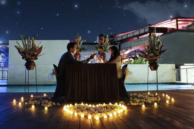 6 Tempat Makan Romantis di Jakarta, Bikin Cinta Makin Membara