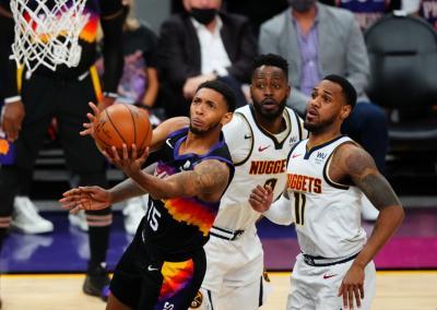 Pukul Nuggets 123-98, Suns Rebut Kemenangan Kedua di Semifinal Playoff NBA 2020-2021