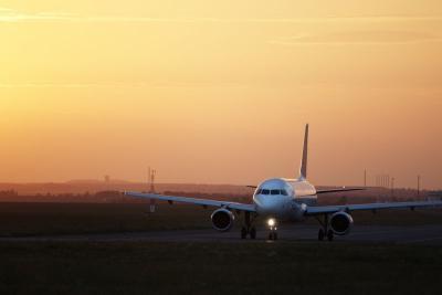 Gegara Ponsel, Pesawat Ini Terpaksa Alihkan Penerbangan