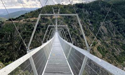Portugal Hebat, Punya Jembatan Gantung Terpanjang di Dunia, Ini Penampakannya!