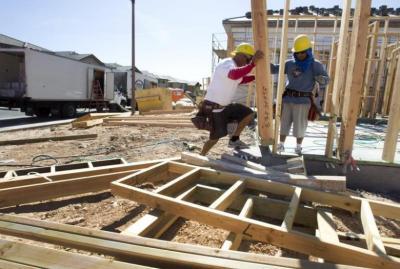 Renovasi Rumah yang Bisa Dilakukan Sendiri Tanpa Bantuan Tukang, Apa Saja?