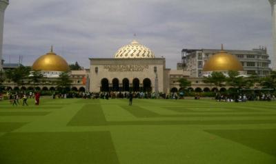 Masya Allah, Masjid-Masjid di Bandung Dilengkapi Mesin Air Siap Minum Gratis