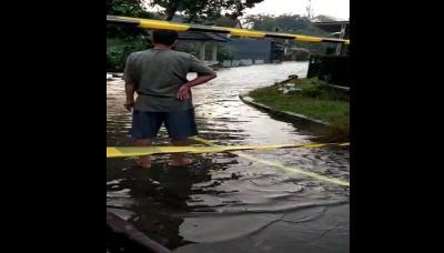 Pagi Ini, Banjir Masih Rendam Perumahan Nerada Estate Ciputat Timur