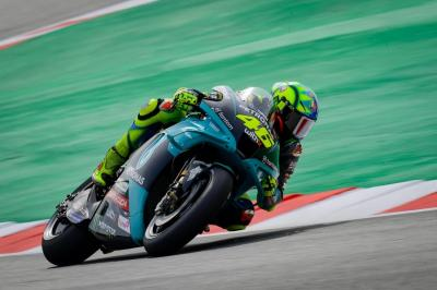 Valentino Rossi Mau Pensiun dari MotoGP, Jonathan Rea Sanjung The Doctor