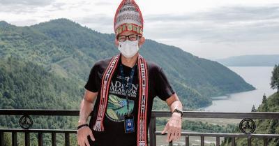 Menparekraf Resmikan Wisata Adian Nalambok, Spot Indah Nikmati Danau Toba