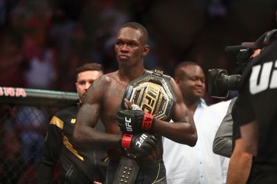 Hasil UFC 263: Israel Adesanya Pertahankan Sabuk Juara Usai Tekuk Marvin Vettori