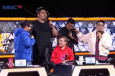 Duet Mesra Ayu Ting Ting dan Ivan Gunawan di Rising Star Indonesia Dangdut