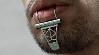 Perusahaan Ini Bikin Aksesori Unik Bibir dan Dagu, Harganya Bikin Kaget