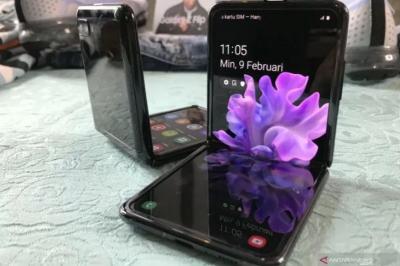 Samsung Bakal Luncurkan Ponsel Lipat Terbarunya pada Agustus