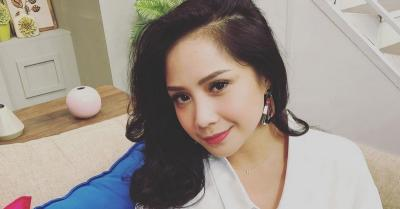 Syok Nagita Slavina Pakai Sepatu Rp12 Jutaan, Netizen: Memang Putri Kerajaan
