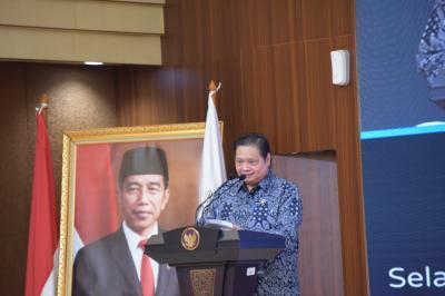 Neraca Perdagangan USD2,36 Miliar, Menko Airlangga: Surplus 13 Bulan Berturut-turut