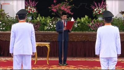 Lantik Gubernur dan Wagub Sulteng, Jokowi Berikan 3 Tugas Khusus
