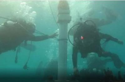 Viral! Ada Tugu Monas di Dasar Laut Kepulauan Seribu