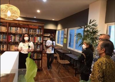 Ruang Belajar Alex Tilaar Resmi Dibuka, Ada 10.000 Koleksi Buku