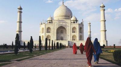 Taj Mahal Kembali Dibuka, Pengunjung Dibatasi 650 Orang