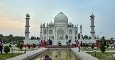 Taj Mahal dan Objek Wisata Lain di India Dibuka 16 Juni