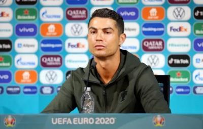 Cristiano Ronaldo Tidak Minum Cola, Ketahui Manfaatnya