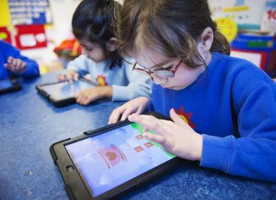 Gadget Ternyata Bisa Tumbuhkan Kreativitas Anak, Ini Buktinya