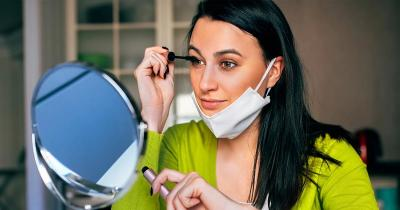 5 Makeup Wajib untuk Mata agar Tetap Cetar saat Pakai Masker