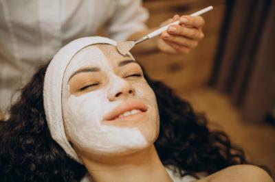 5 Bahan Alami Masker Wajah, Murah dan Bikin Kulit Makin Cerah Terawat