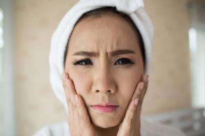 5 Cara Supaya Minyak di Area T Wajah Tetap Terkontrol
