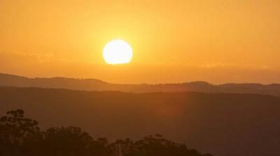 Viral Video Matahari Terbit dari Utara, Tanda Kiamat? Begini Penjelasan BMKG