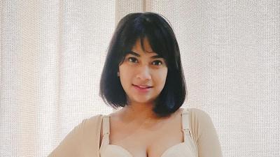 Gaya Kepitan Maut Vanessa Angel Pole Dance, Netizen: Mamah Muda Jangan Dilawan!