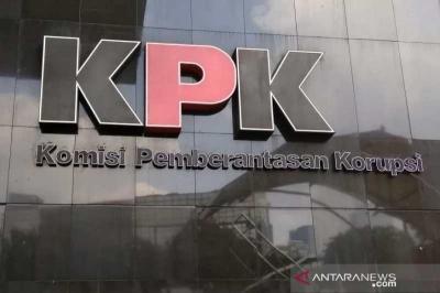 Handphone Murah Milik Para Koruptor Dilelang KPK