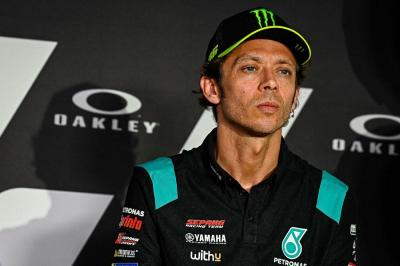 Valentino Rossi Babak Belur di MotoGP 2021, Agostini: Waktunya Pensiun!