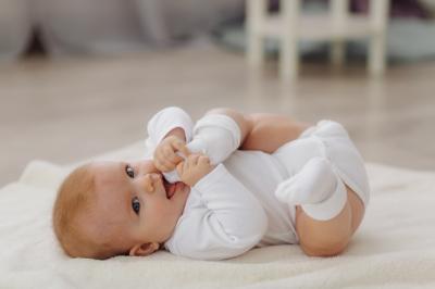 10 Inspirasi Nama Islami untuk Bayi Laki-Laki, Memiliki Makna Cahaya Agama