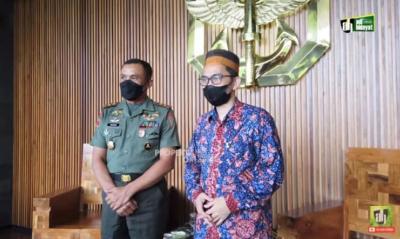 Ustaz Adi Hidayat Temui Komandan Jenderal Kopassus di Cijantung, Ada Apa?