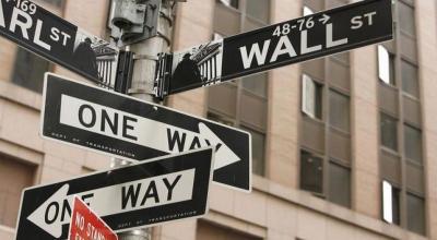 Wall Street Anjlok, Dow Jones dan S&P Sentuh Lebih Terendah Pekan Ini