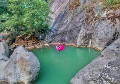 Eksotisnya Sanghyang Heuleut, Wisata Alam Tersembunyi di Bandung Barat