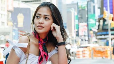 4 Potret Gaya Gracia Indri, Makin Langsing Tinggal di Belanda