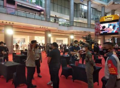 Timbulkan Kerumunan, Polisi Bubarkan Acara Exhibition Game Card di Penjaringan