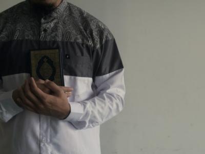 Adopsi Berbagai Budaya, Ini 5 Jenis Pakaian Muslim Laki-Laki Indonesia