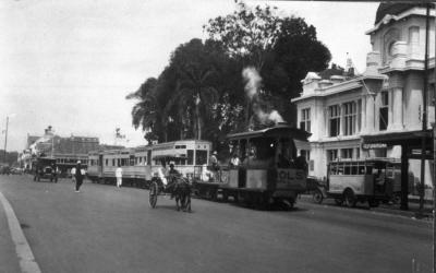 Pernah Eksis di Jakarta, 5 Transportasi Umum Ini Sekarang Tinggal Kenangan