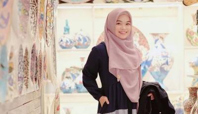 4 Gaya Hijab Ghaida Tsurayya Putri Aa Gym, Syari dan Stylish Banget