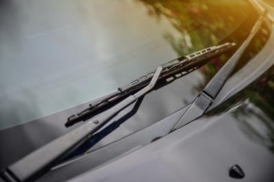 6 Tips Merawat Wiper Mobil Supaya Berfungsi Maksimal