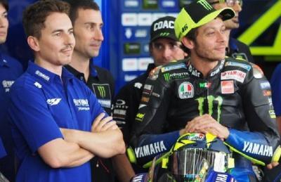Jorge Lorenzo: Valentino Rossi Kemungkinan Besar Pensiun Musim Ini