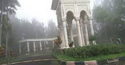 5 Potret Kota Mati Sukabumi, Banyak Bangunan Unik Terbengkalai