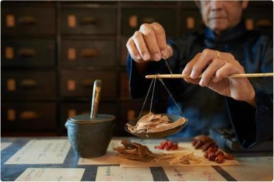 Mengenal Bubuk Yinqiao, Obat Herbal China yang Ampuh Tangani Covid-19