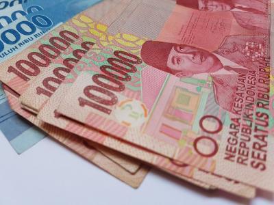 Rupiah Melemah 0,21% pada Level Rp14.432 USD