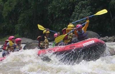 Tim Ekspedisi Olahraga Arus Deras Wanadri Telah Mengarungi Krueng Woyla