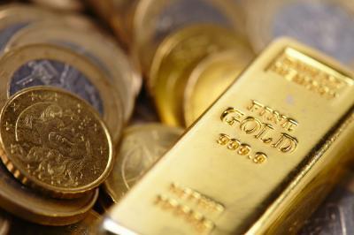 Harga Emas Berjangka Turun USD6,7