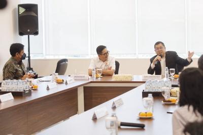 Temui Hary Tanoesoedibjo, Arsjad Rasjid Tukar Pikiran Bangkitkan Ekonomi Indonesia