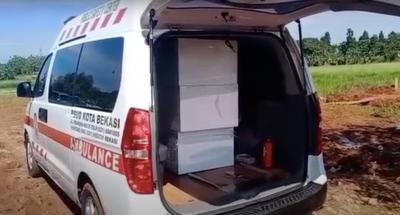 Covid-19 Mengganas di Bekasi, Satu Ambulans Bawa 4 Jenazah Sekaligus